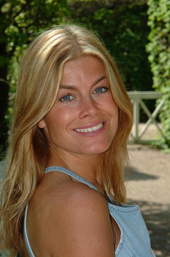 Pernilla Wahlgren Eva Rydberg